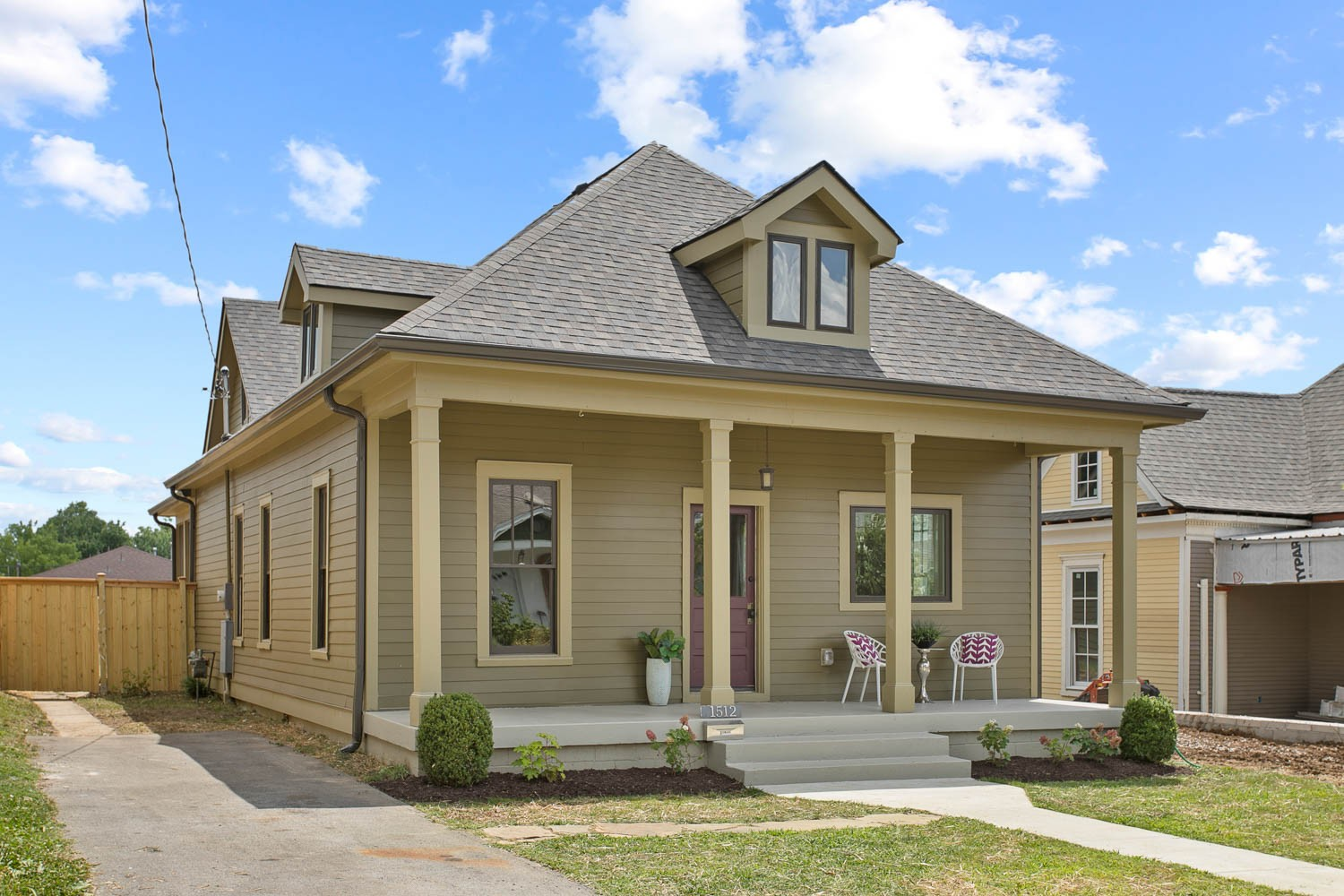 1512 Holly Street with detached apartment and 1 car garage in the beautiful Lockeland Springs neighborhood of East Nashville